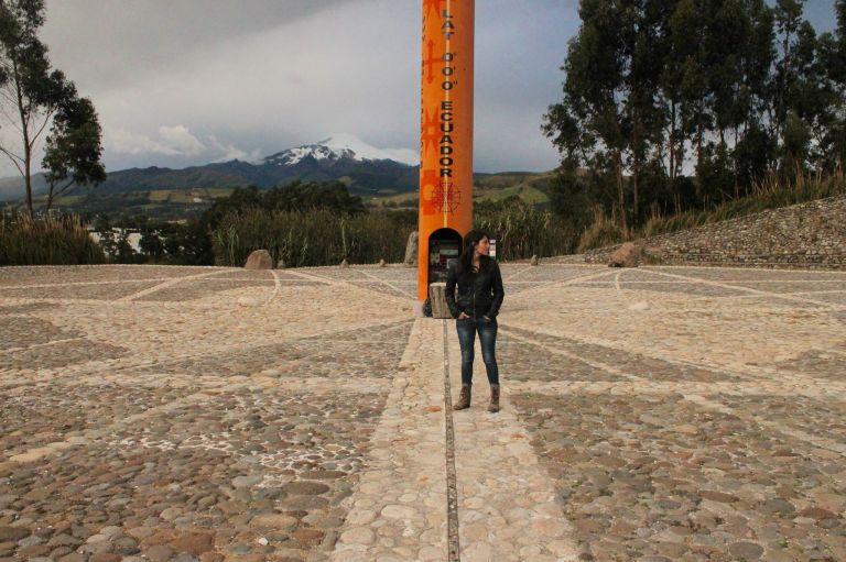 el (verdadero) monumento de la mitad del mundo | the (true) middle of the world monument - Cayambe, Ecuador